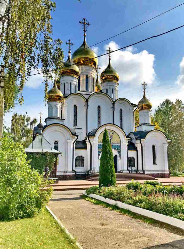 Никольский женский монастырь. Корсуньский крест и Годеновский крест